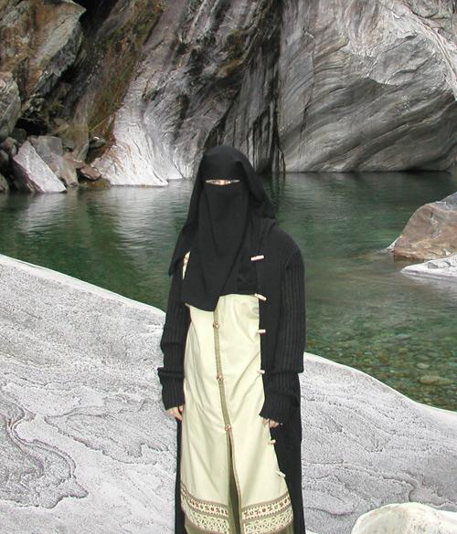 Muslima_Verzasca_TI2005