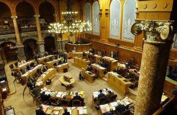 Bern, 5. 12. 2005 c Peter Mosimann: St‰nder