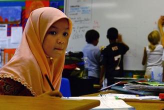Der Hijab stört den Unterricht nicht.
